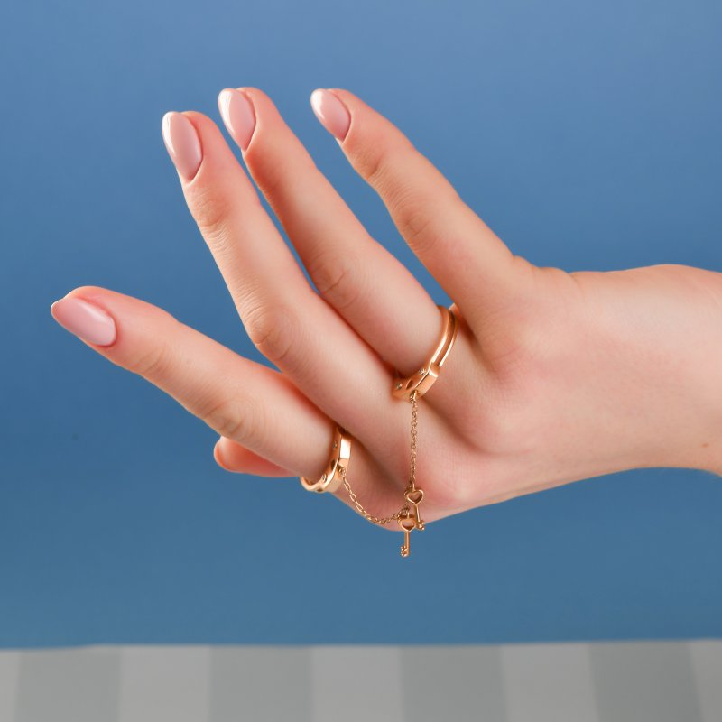 Handcuffs Ring in Yellow Gold with Diamonds  HCR10.24  Sybarite Jewellery - image 5