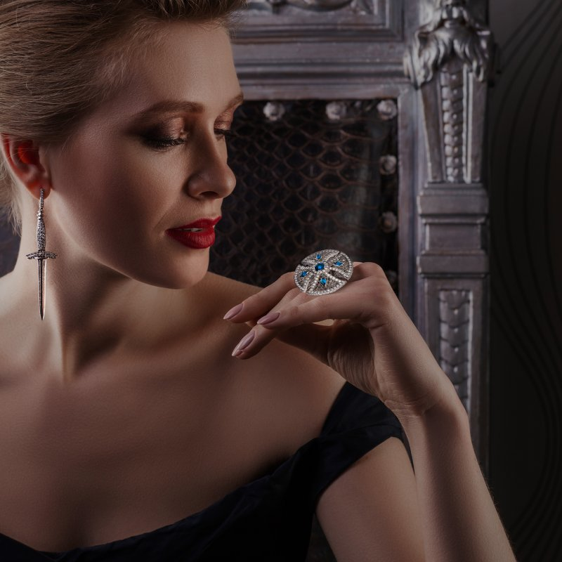 Heritage Ring in White Gold with White Diamonds & Sapphires BLR1.04.10 Sybarite Jewellery - image 3