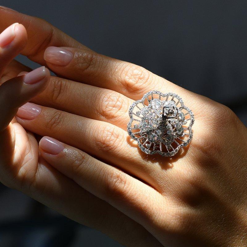 Prima Ballerina Ring (petite) DBSR11.050 Sybarite Jewellery - image 4