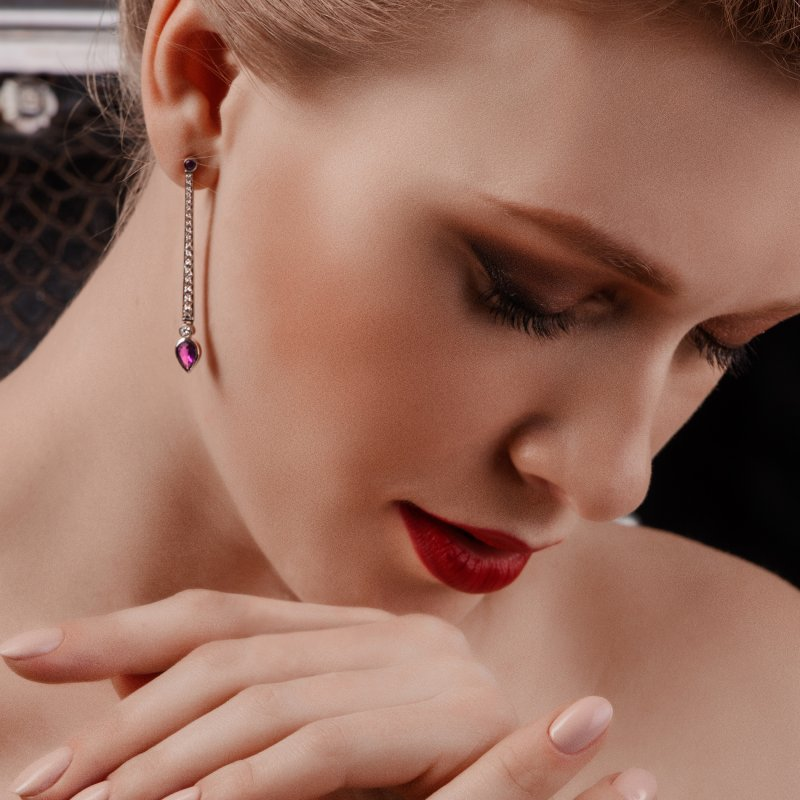 En Pointe Earrings in White Gold with White Diamonds and Rubies EPE5.04.15 Sybarite Jewellery - image 2